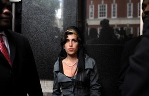 Musicians such as Amy Winehouse die young at much higher rates than the rest of the population. EPA/Andy Rain 像Amy Winehouse这样的音乐家英年早逝的几率比其他人大。EPA/Andy Rain